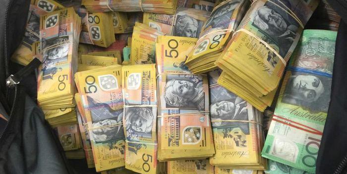 К чему снятся 5000 купюры рублей