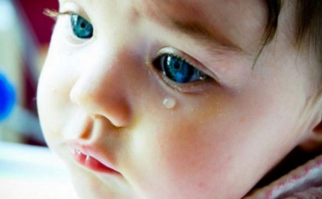 ребенок плачет сон