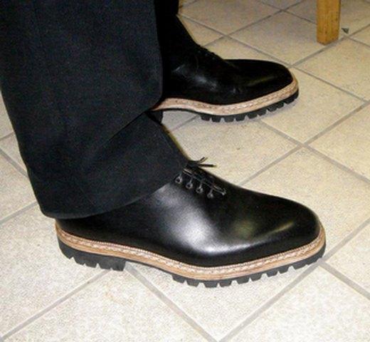 приснились туфли мужский
