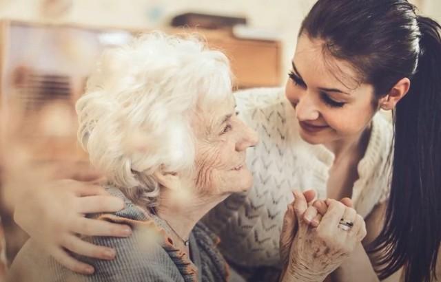 Видеть во сне покойную маму живой и разговаривать с ней